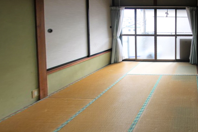 フローリングへ床の張替え施工前