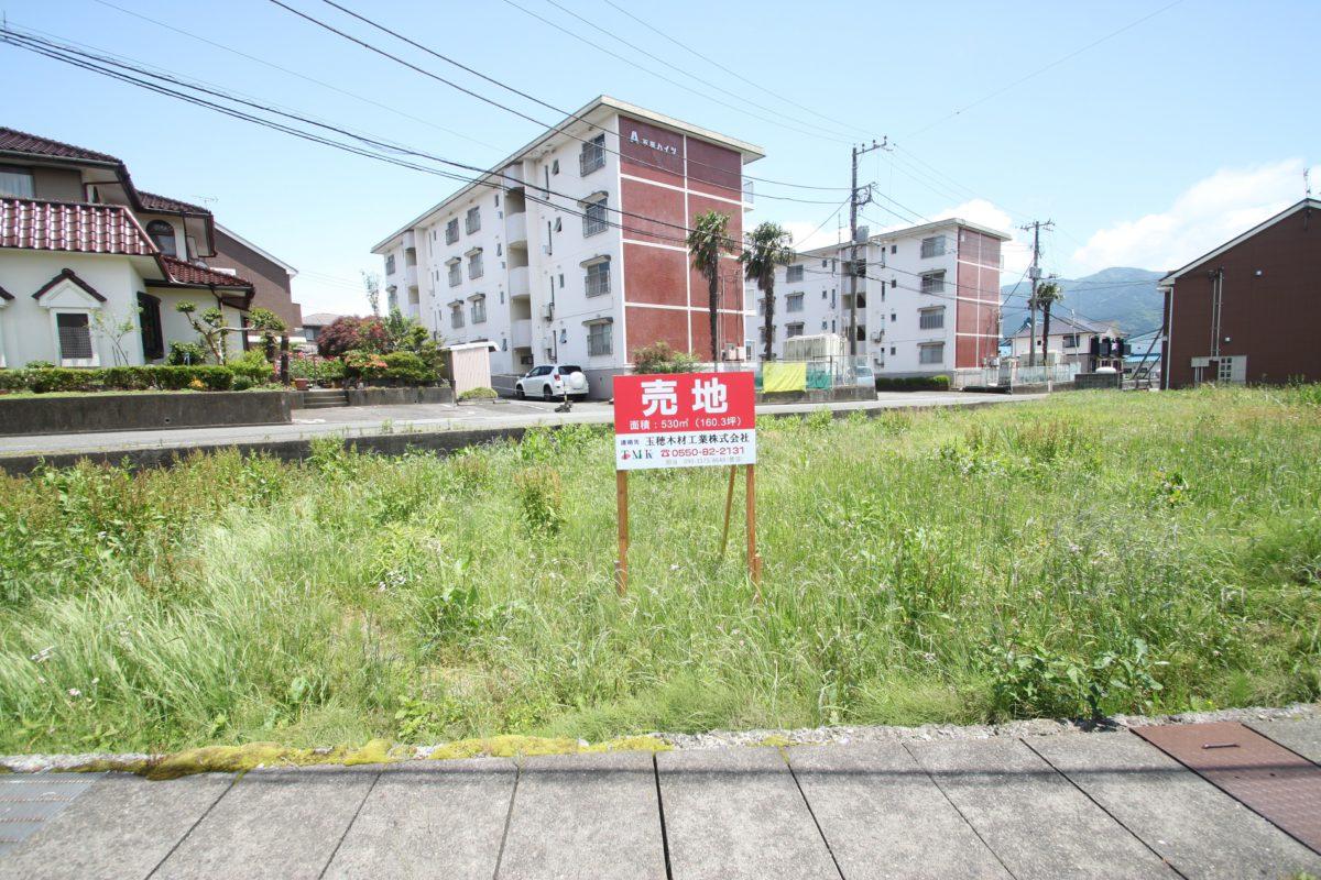 [売地]160坪の広い敷地