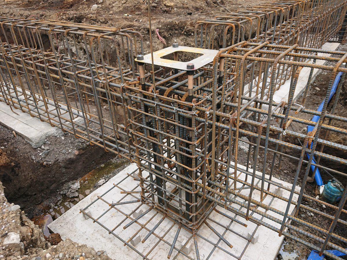 鉄骨造と木造の基礎の違い